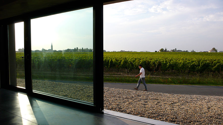 Pomerol Herzog and De Meuron Film by Ila Beka and Louise Lemoine
